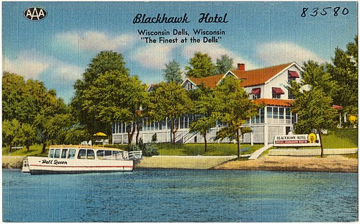 Blackhawk_Hotel,_Wisconsin_Dells,_Wisconsin,_The_finest_at_the_Dells_(83580)